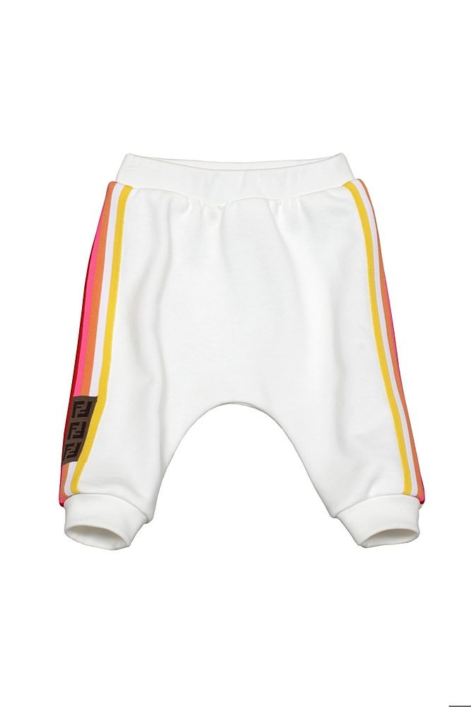 BUF027 5V0 / F1DEQ WHITE / Pants W Stipes and Logo on A Slides