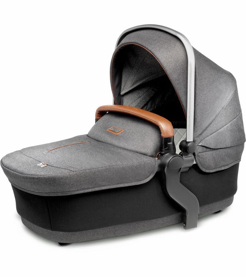 SX2072.GRUS3 / GRANITE / SILVER CROSS WAVE BASSINET - GRANITE