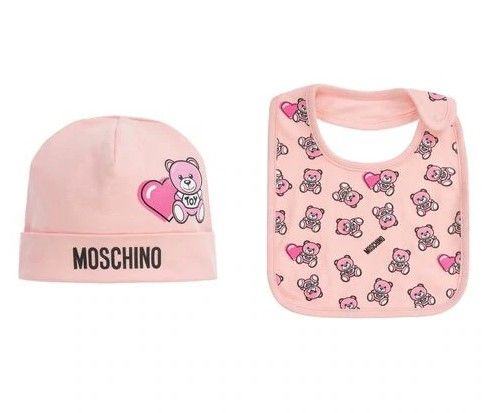 MUY03E LBB56 / 83343 SUG ROSE / Baby Hat and Bib W Heart Bear Prt Giftset