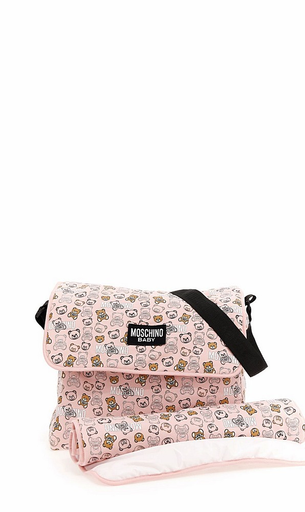 MNX03D / 83353 SUGAR TOY / MOSCHINO CHANGING BAG W/MAT AND ALLOVER BEAR PRINT